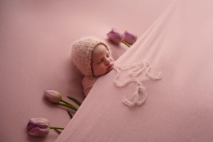 posed newborn photography in studio.