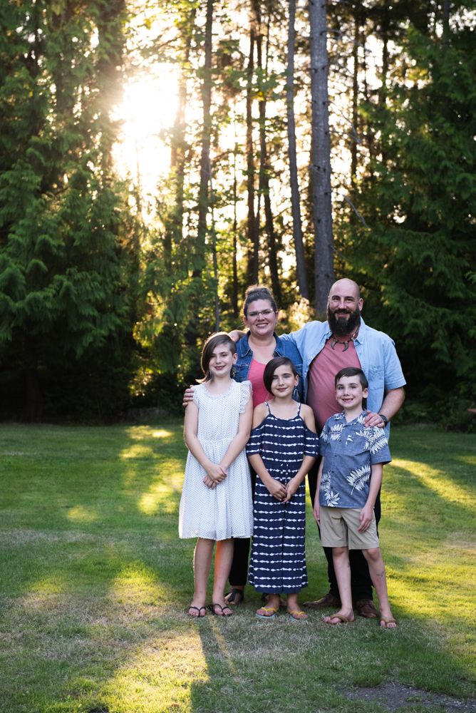 family photos Nanaimo, family photos Parksville, family photos Qualicum, family photographer Nanaimo, family photographer parksville, family photographer Qualicum, family photographers Nanaimo,  family photography Nanaimo, daily photography Parksville, family photography Qualicum